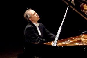 Giovanni Bellucci, pianista ad Ostia Antica