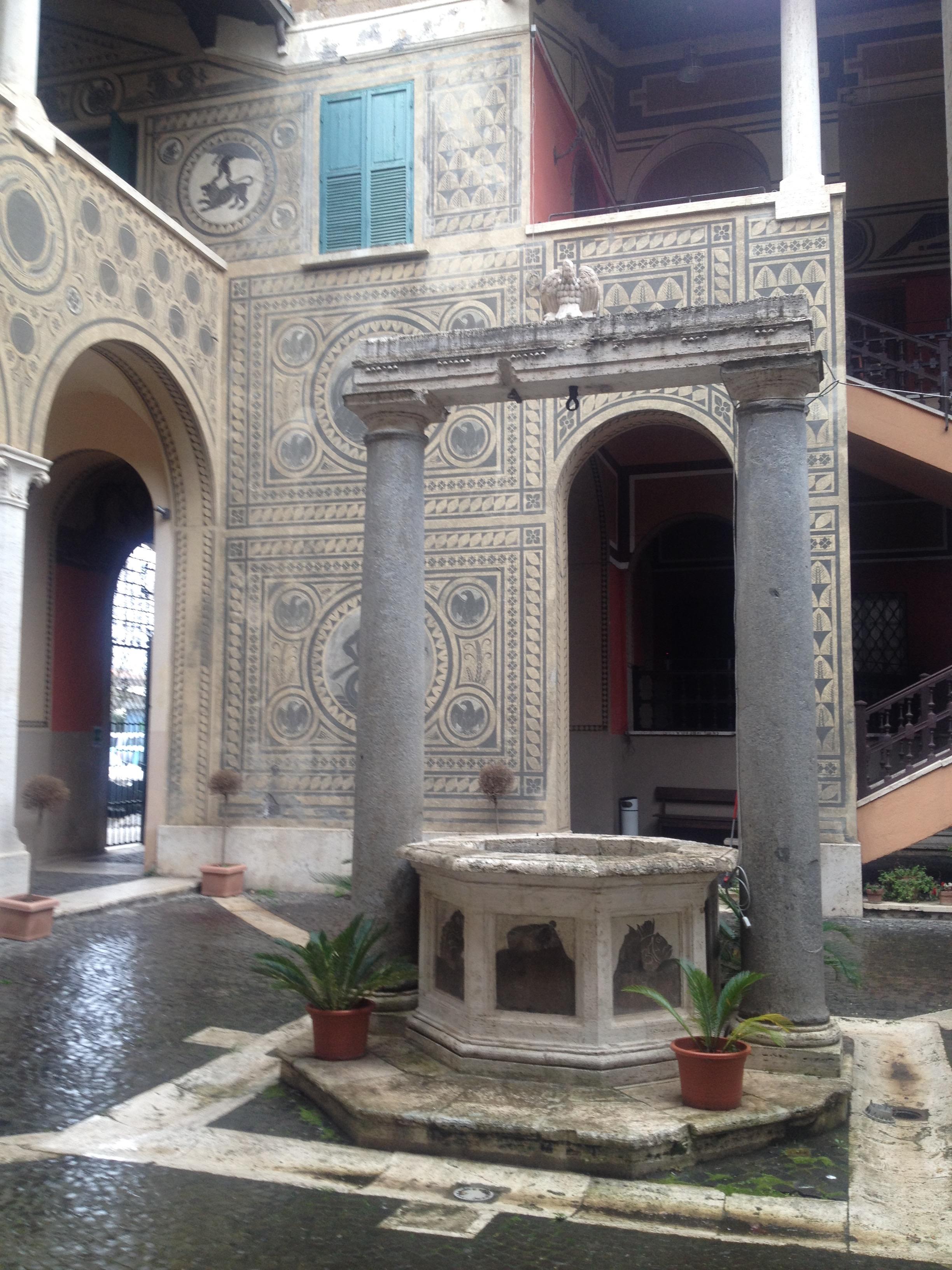 Chiostro Palazzo Governatorato Ostia
